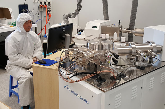 a researcher at work in the Centre for Geoanalytical Mass Spectrometry