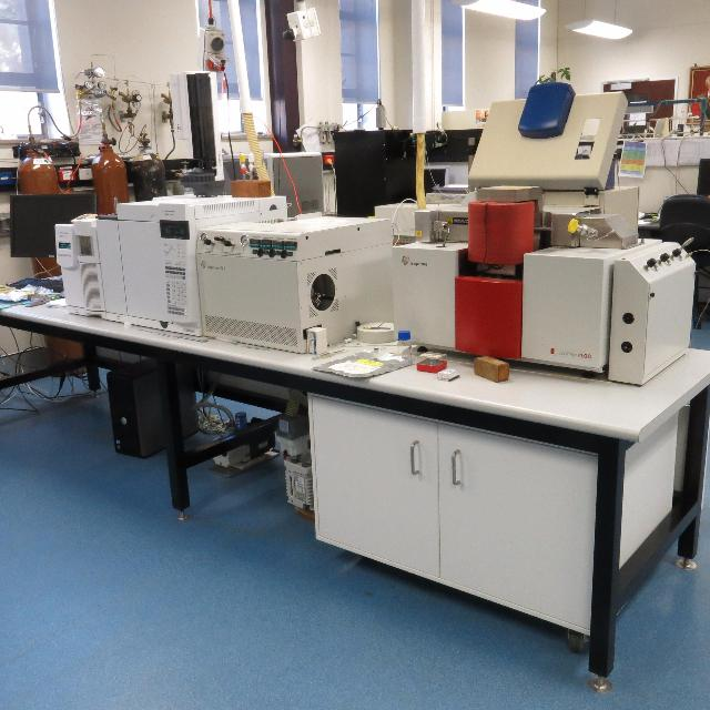 The Combustion isotope ratio mass spectrometer